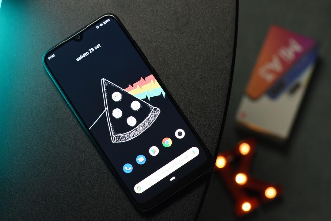 Recensione Xiaomi Mi A3: senza parole (nel bene e nel male)