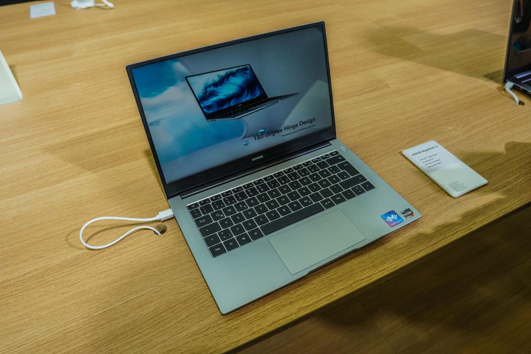 Honor MagicBook 14 e 15: nuove versioni ufficiali ad IFA 2020
