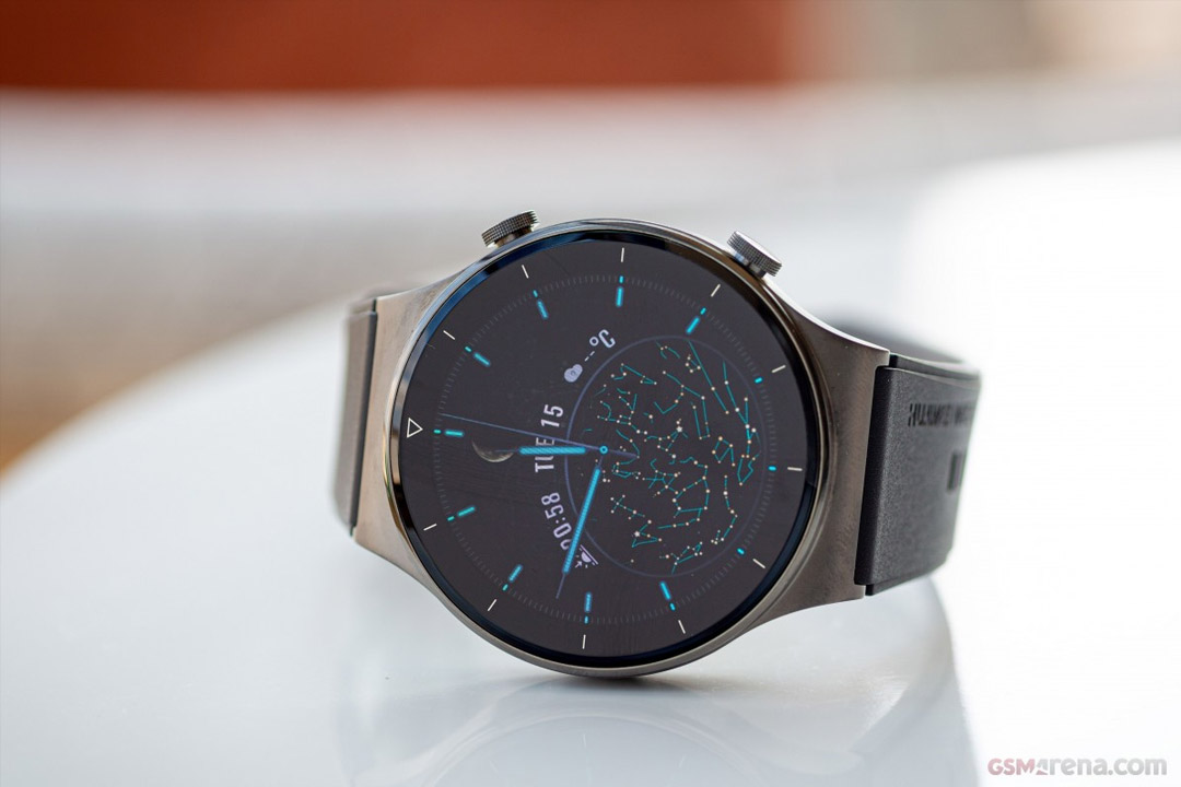 Huawei Watch GT 2 Pro arriva in Italia con due regali al seguito!