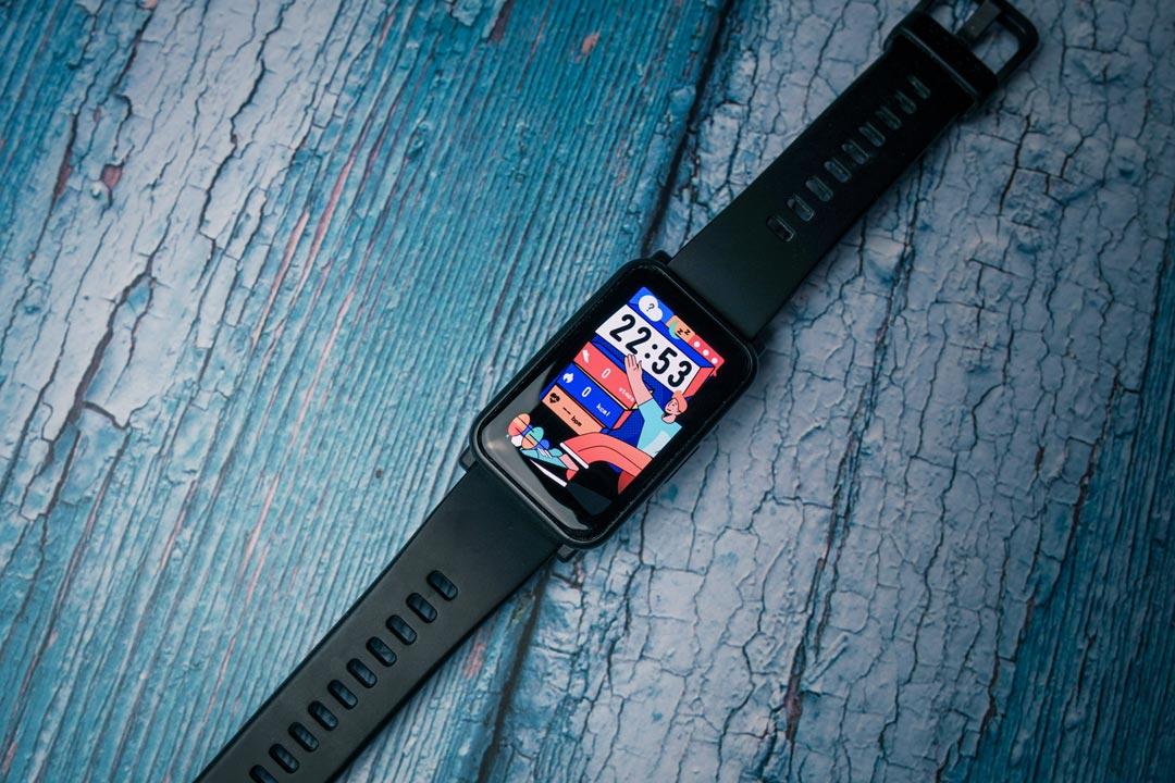 Recensione Honor Watch ES: come una smartband, però meglio!