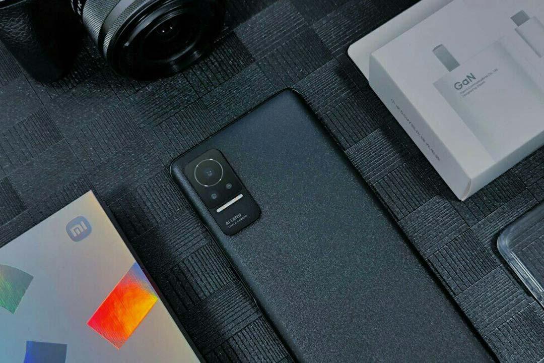 Xiaomi CIVI Ufficiale: è un Mi 11 Lite NE con selfie-camera migliorata